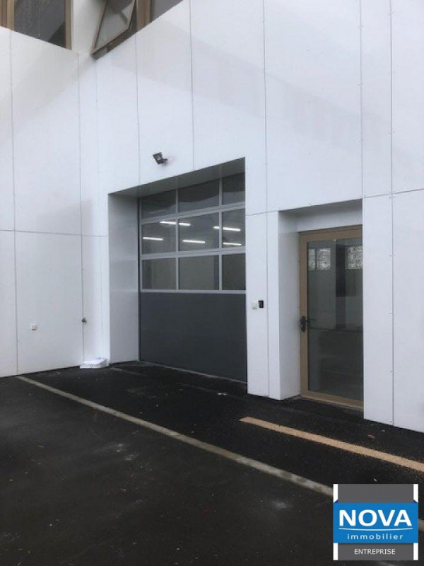 Location local commercial Gonesse 5000€ HT/HC - Photo 1