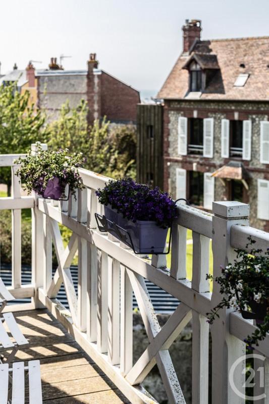 Revenda residencial de prestígio casa Villerville 735000€ - Fotografia 12