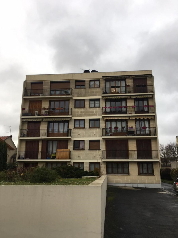 Location appartement Romainville 590€ CC - Photo 10