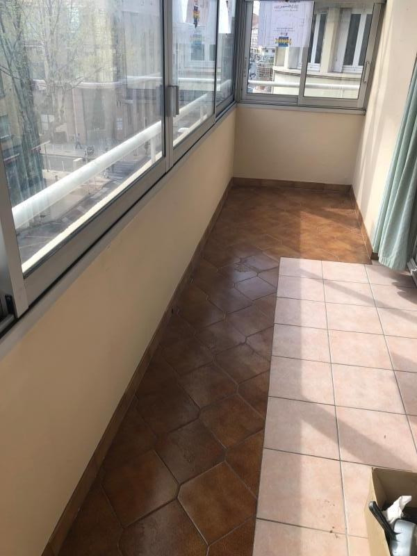 Sale apartment Toulon 130 000€ - Picture 2