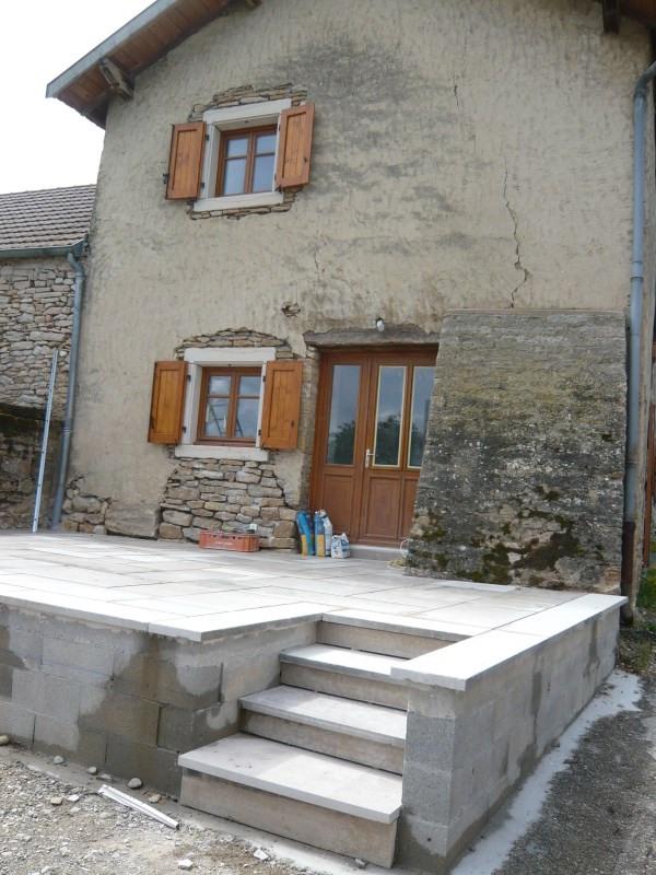 Rental house / villa Hieres sur amby 870€ CC - Picture 1