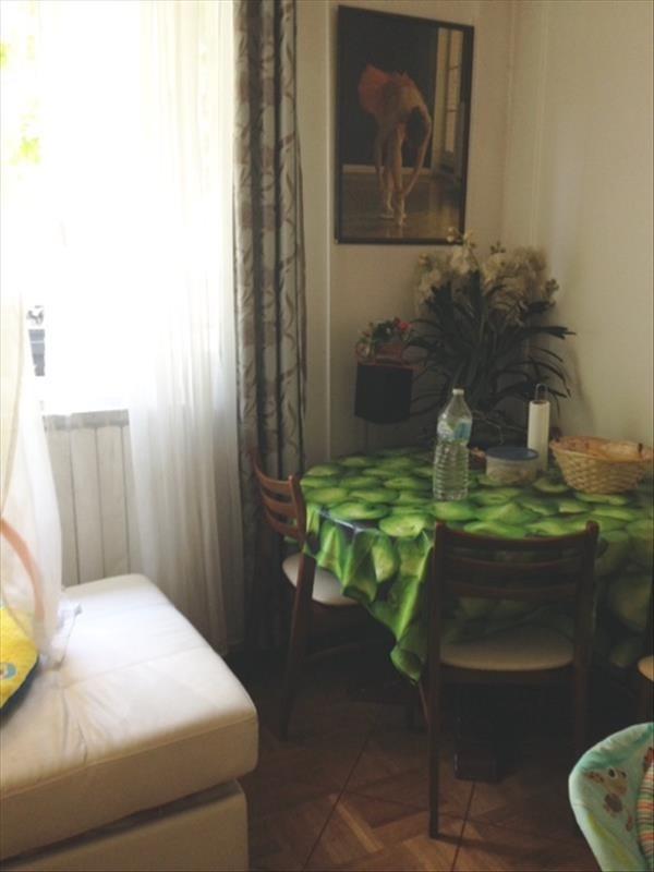 Sale apartment Rueil malmaison 245000€ - Picture 2