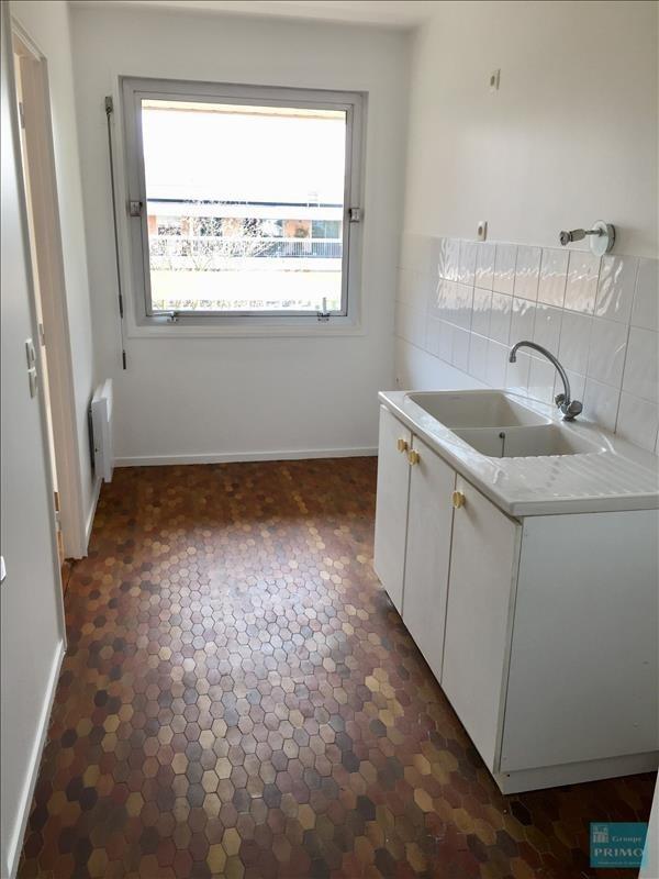 Location appartement Verrieres le buisson 911€ CC - Photo 3