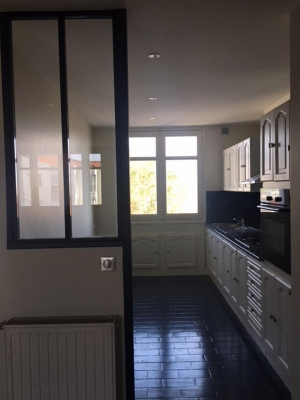 Venta  apartamento Lyon 8ème 250000€ - Fotografía 2