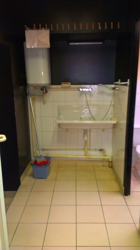 Location local commercial Nantua 250€ HT/HC - Photo 5