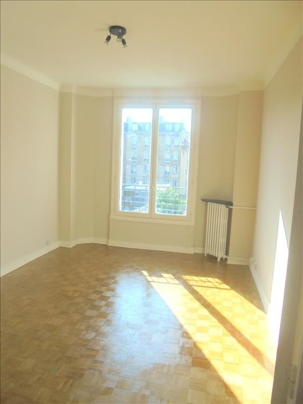 Location appartement Colombes 980€ CC - Photo 2