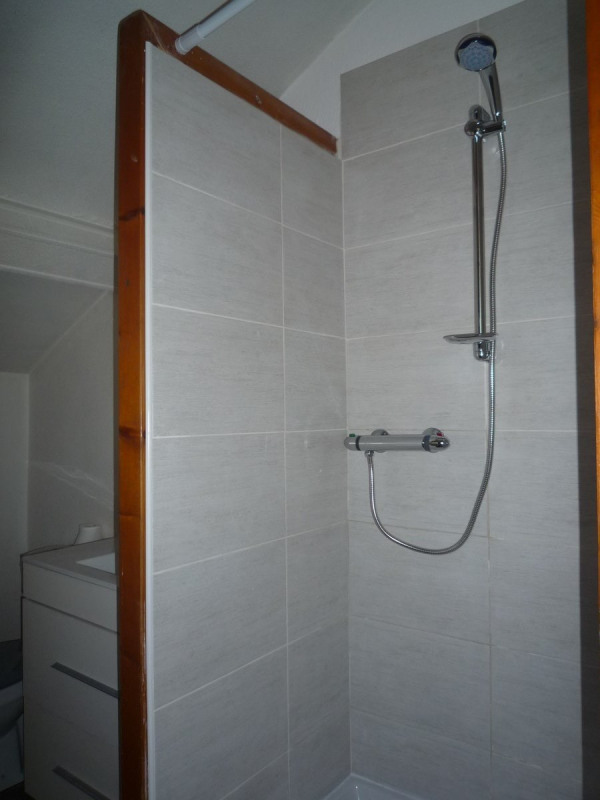 Location appartement Le chambon sur lignon 385€ CC - Photo 4