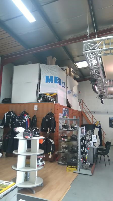 Vente fonds de commerce boutique Civrieux-d'azergues 75000€ - Photo 3