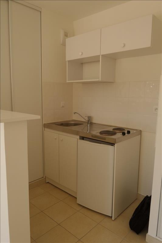 Rental apartment Falaise 355€ CC - Picture 3