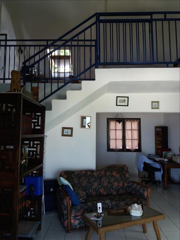 Sale house / villa La possession 380000€ - Picture 2