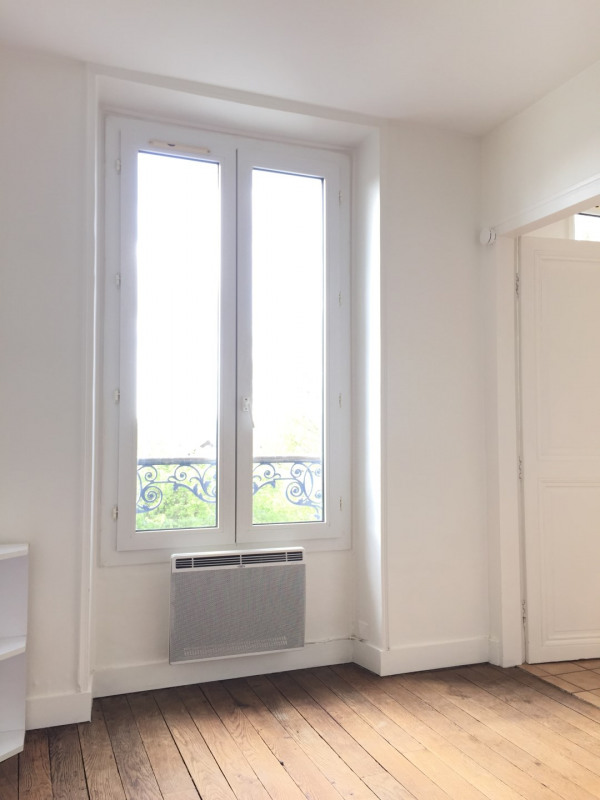 Rental apartment Auvers-sur-oise 692€ CC - Picture 5