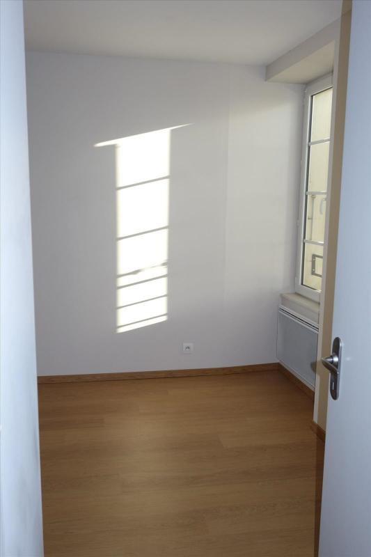 Locação apartamento Réalmont 470€ CC - Fotografia 6