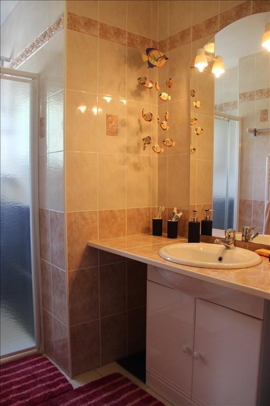 Sale house / villa Corsept 340000€ - Picture 6