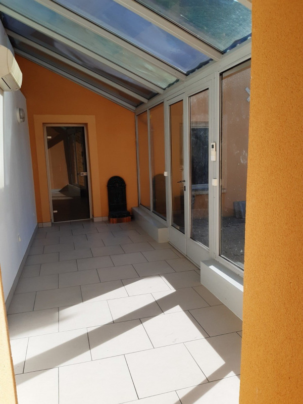 Location maison / villa Orphin 1490€ CC - Photo 7