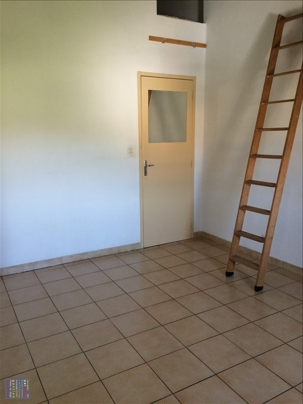 Rental apartment Eyguieres 465€ CC - Picture 6