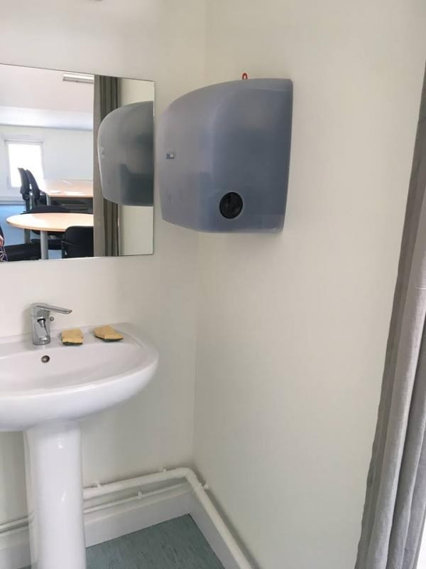 Rental office Niort 761€ HT/HC - Picture 5