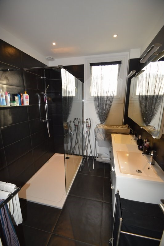 Location appartement St lo 880€ CC - Photo 4