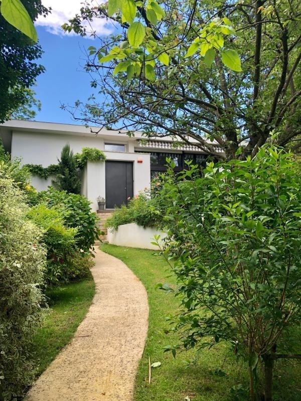 Deluxe sale house / villa Marnes-la-coquette 1395000€ - Picture 2