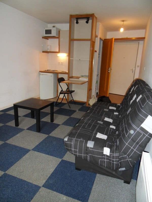 Rental apartment Lyon 7ème 487€ CC - Picture 2