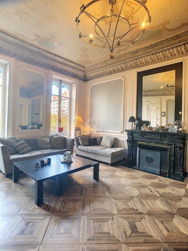 Vente de prestige appartement Lyon 6ème 1060000€ - Photo 2
