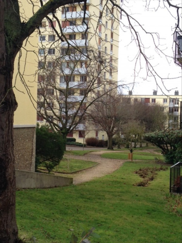 Investment property apartment Poissy 149 000€ - Picture 2