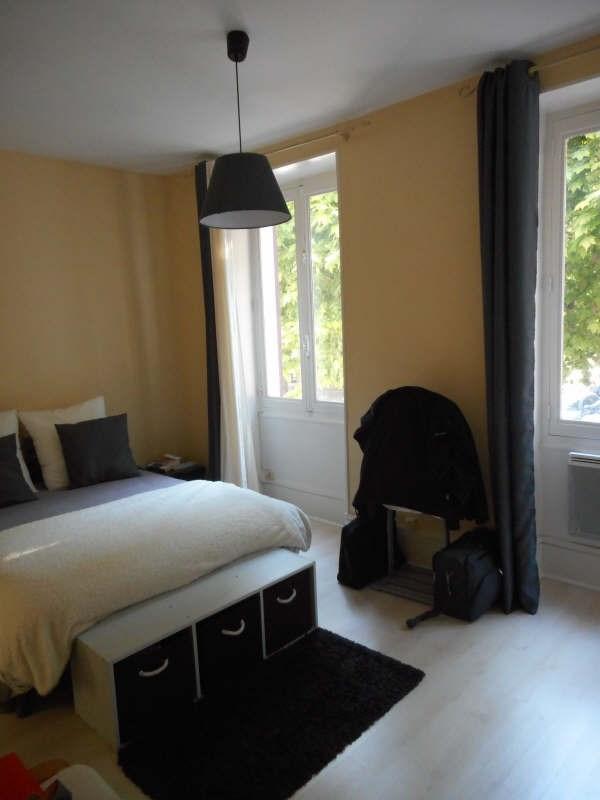 Verhuren  appartement Voiron 565€ CC - Foto 4