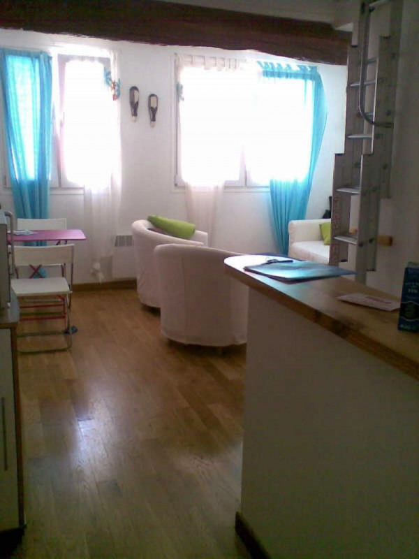 Location appartement Paris 2ème 933€ CC - Photo 6