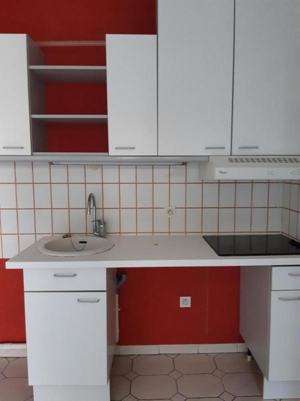 Location appartement La tronche 606€ CC - Photo 4