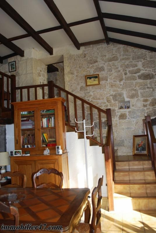 Sale house / villa Colayrac st cirq 245000€ - Picture 17
