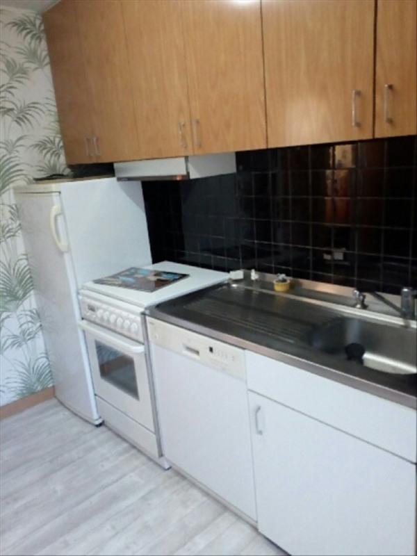 Sale house / villa La bruffiere 90500€ - Picture 2