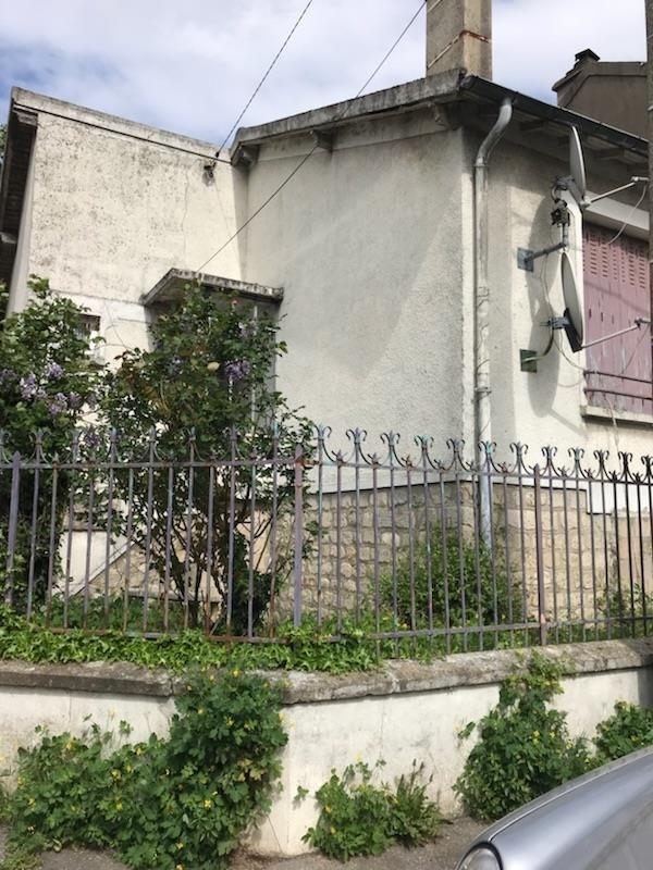 Sale house / villa Montreuil 268000€ - Picture 1