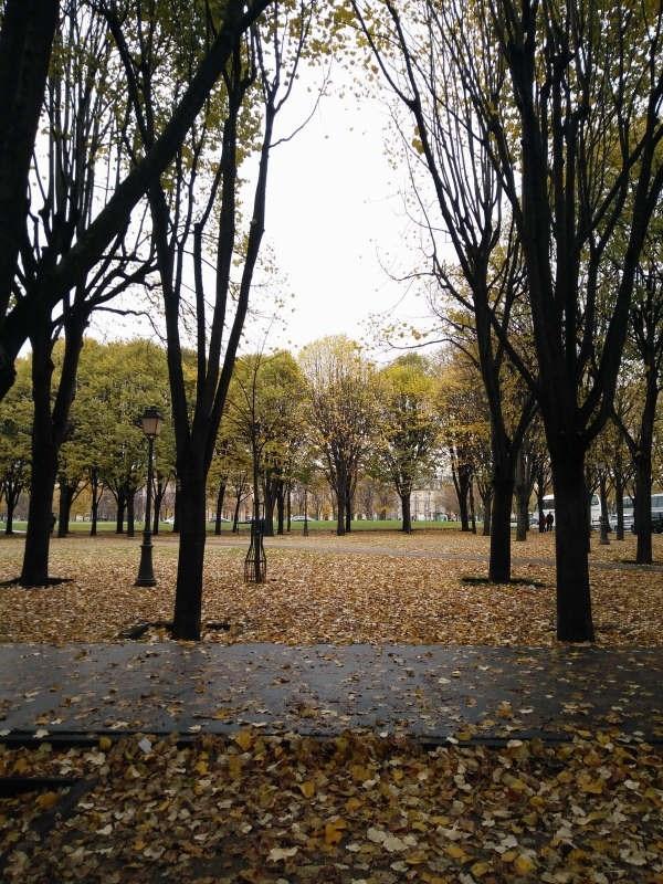 Location appartement Paris 7ème 2050€ CC - Photo 10