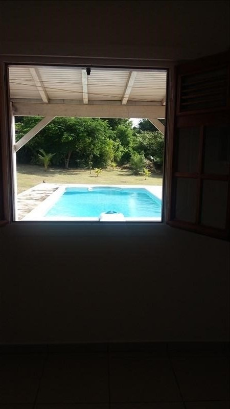 Vente maison / villa Ste anne 411400€ - Photo 5