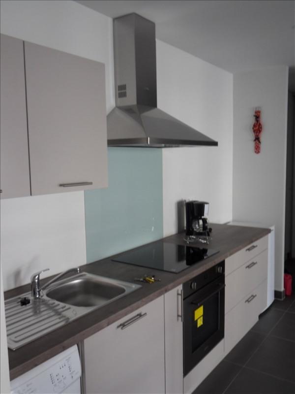 Location appartement Lyon 6ème 1063€ CC - Photo 2