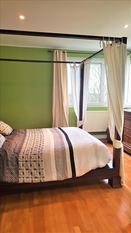 Sale house / villa Chennevieres sur marne 550000€ - Picture 7