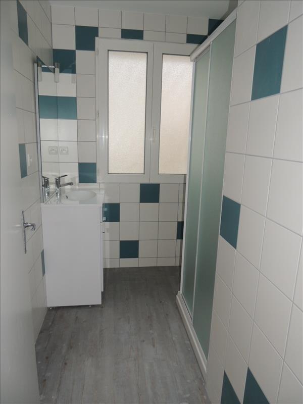 Rental apartment Beaupreau 423€ CC - Picture 5