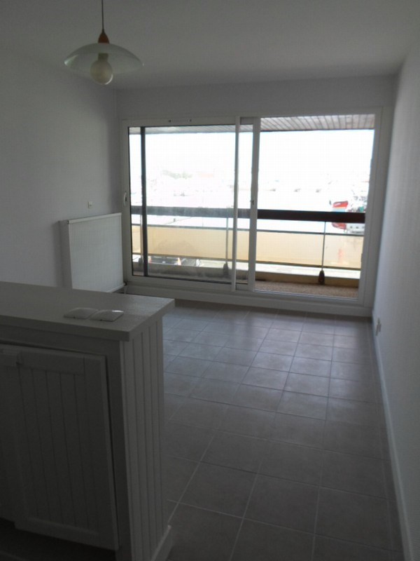Sale apartment Grandcamp maisy 77500€ - Picture 4