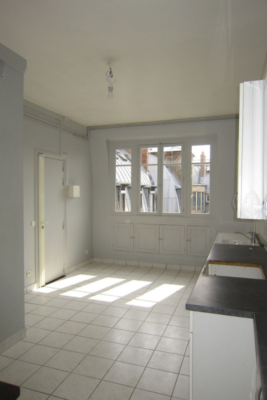 Location appartement Paris 9ème 5 545€ CC - Photo 8