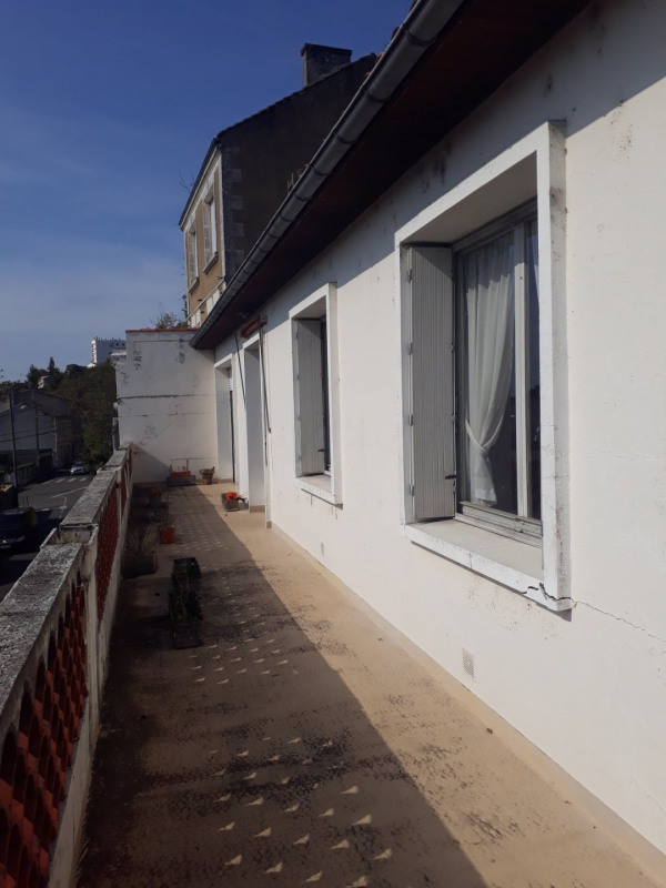 Sale house / villa Angoulême 140400€ - Picture 1