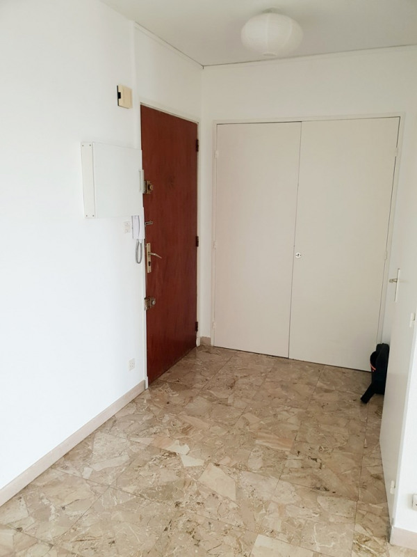 Location appartement Marseille 10ème 455€ CC - Photo 3