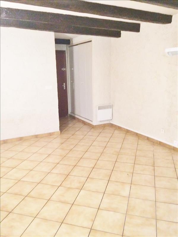 Location appartement Gemenos 420€ CC - Photo 2