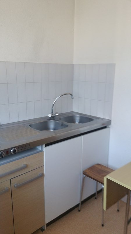 Rental apartment Tarbes 350€ CC - Picture 2