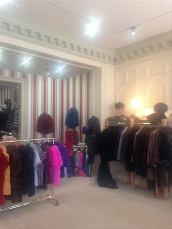 Sale shop Paris 8ème 392000€ - Picture 3