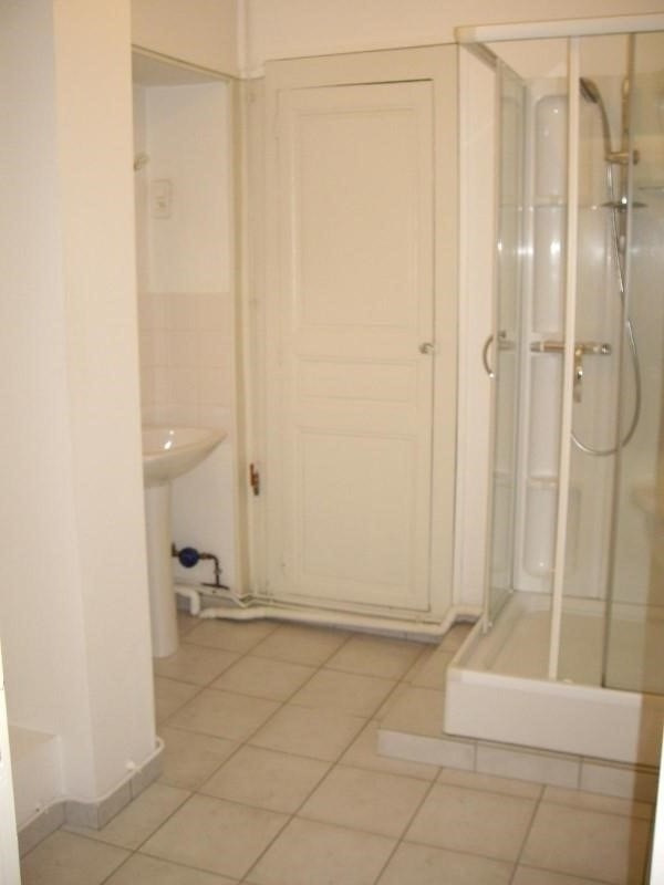 Rental apartment Le coteau 450€ CC - Picture 4
