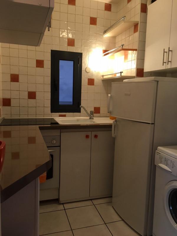 Rental apartment Paris 10ème 1350€ CC - Picture 4