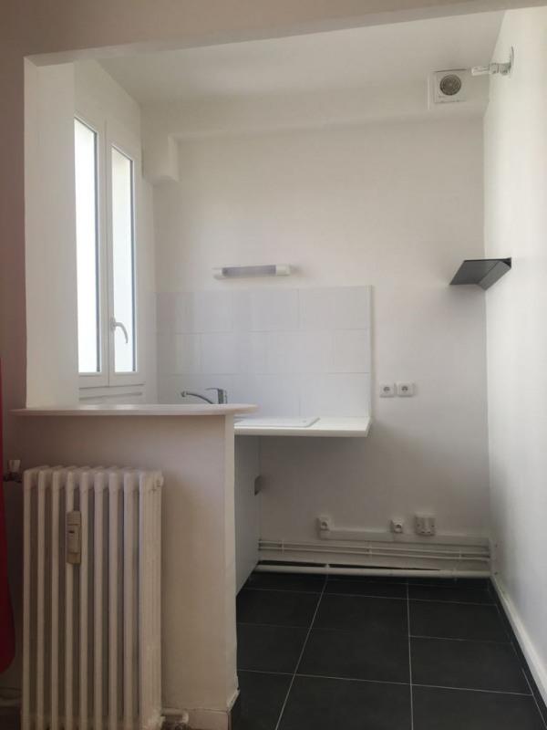 Location appartement Asnières-sur-seine 922€ CC - Photo 4