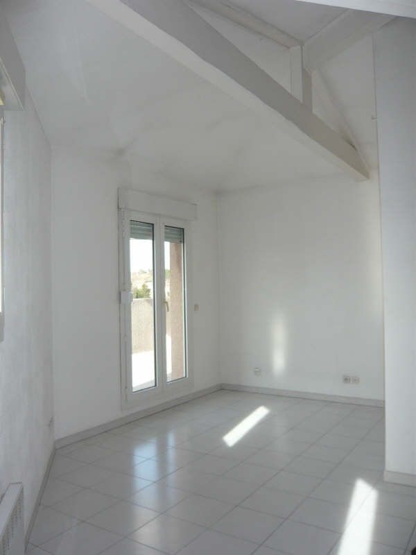 Rental apartment Aix en provence 684€ CC - Picture 7