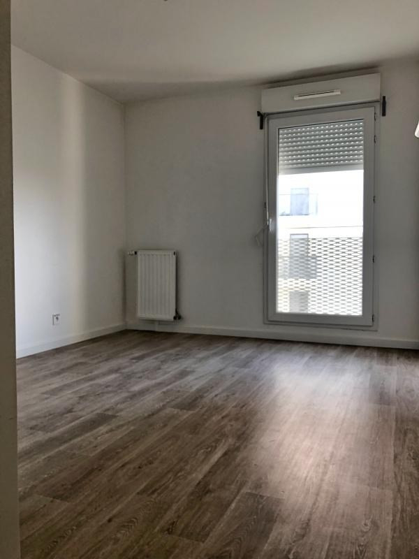Rental apartment Cergy 973€ CC - Picture 6