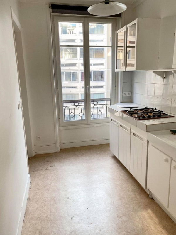 Sale apartment Paris 18ème 525 000€ - Picture 3
