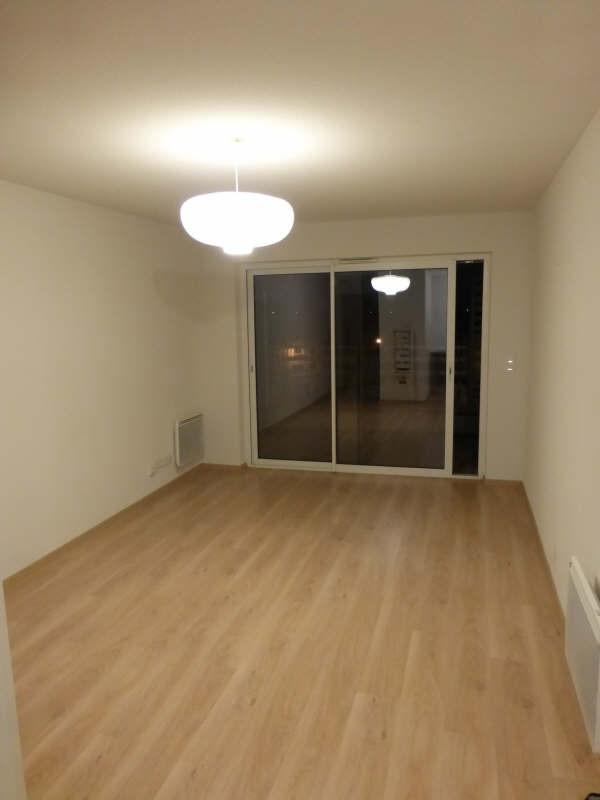 Location appartement Niort 479€ CC - Photo 4